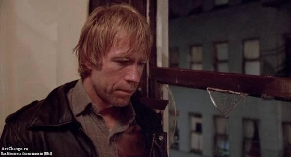 Око за око (1981), в ролях Чак Норрис