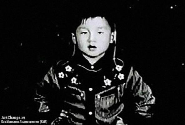 Джеки Чан в детстве, юности