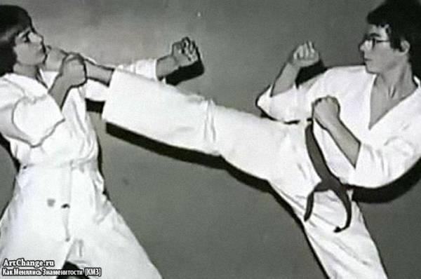 Юный Жан-Клод Ван Дамм занимается карате