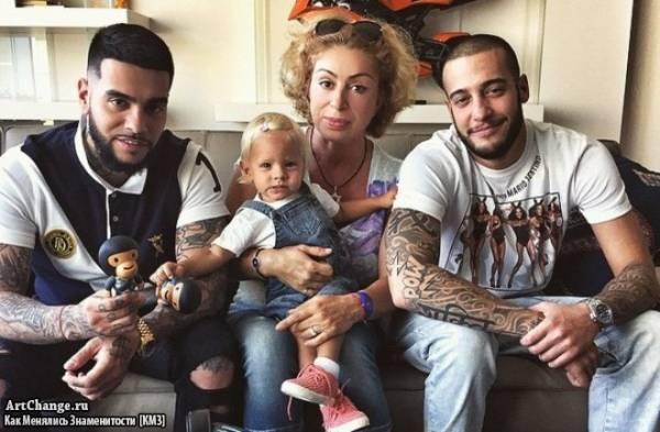 Тимати с мамой Симоной, дочерью Алисой и братом Артемом