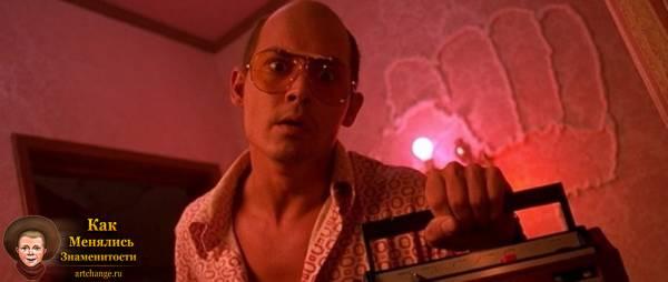 Джонни Депп в фильме Страх и ненависть в Лас-Вегасе (1998)