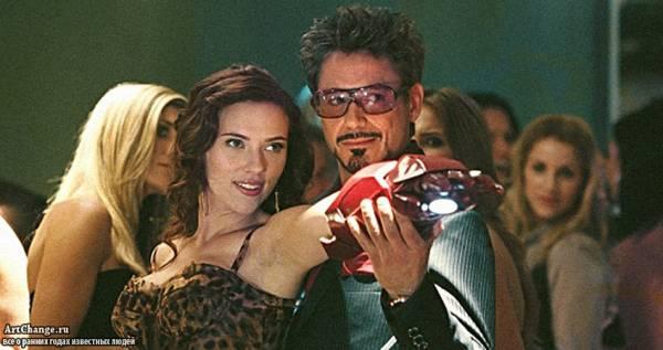 Скарлетт и Роберт Дауни-младший в боевике Железный человек 2 (2010)