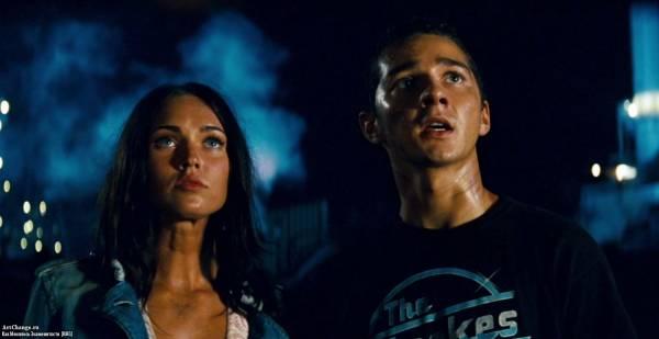 Трансформеры (2007), в ролях Меган Фокс