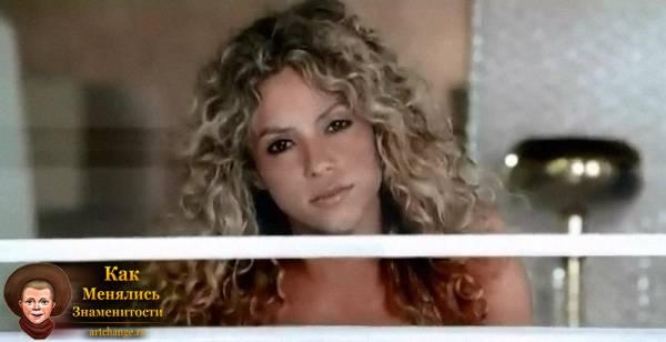 Shakira - Waka Waka (2010)