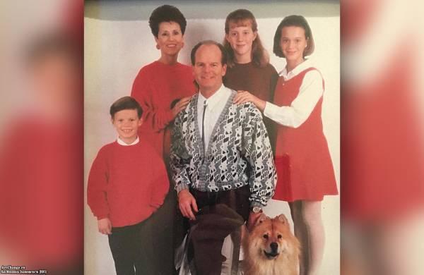 Семья Кэти Перри - отец Кит, мать Мэри, брат Дэвид, сестра Анджела