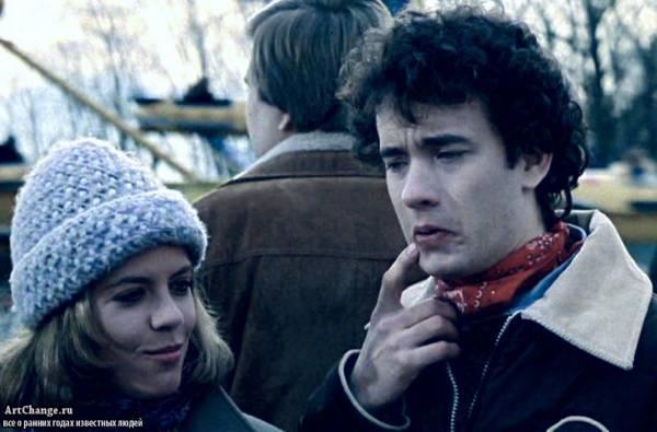 Молодой Том Хэнкс в фильме Он знает, как вы одиноки
