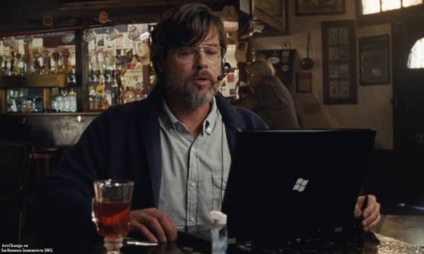 Игра на понижение (2015), в ролях Брэд Питт