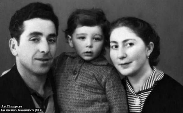 Григорий Лепс в детстве с отцом Виктором и матерью Натэллой