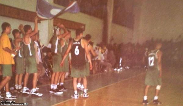Леван Горозия, L'One в баскетболе