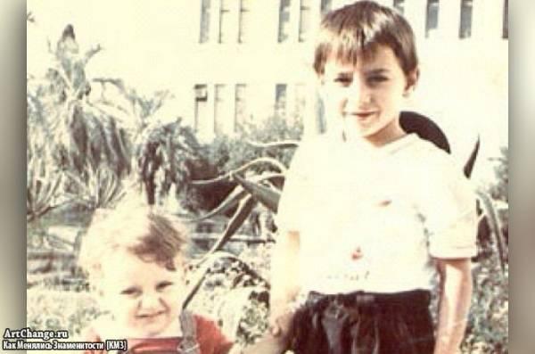 Братья Леван (L'one) и Мераби Горозия в детстве