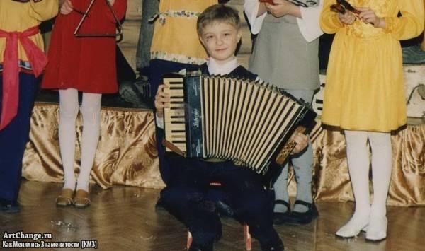 Егор Крид (Булаткин) в детстве, юности