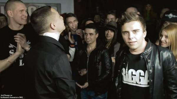 VERSUS #1 (сезон III): Oxxxymiron VS Johnyboy (2015)