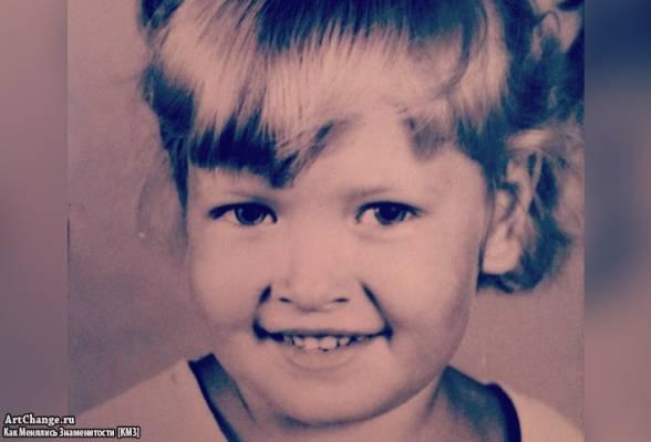 Вера Брежнева (Киперман) в детстве