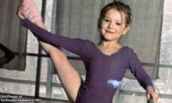 Мария Кожевникова в детстве занимается гимнастикой
