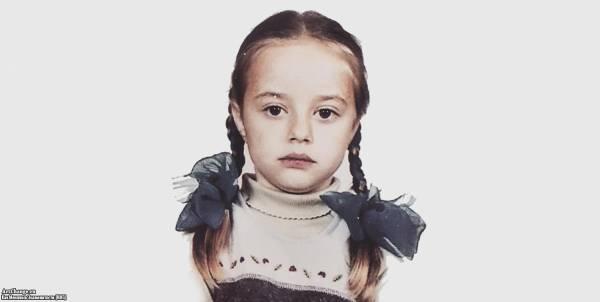 Соня Есьман в детстве