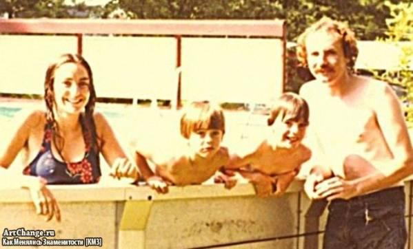 Джаред и Шеннон Лето в детстве, их мать, сводный отец Карл