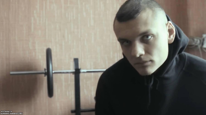 Тони раут фото причёски