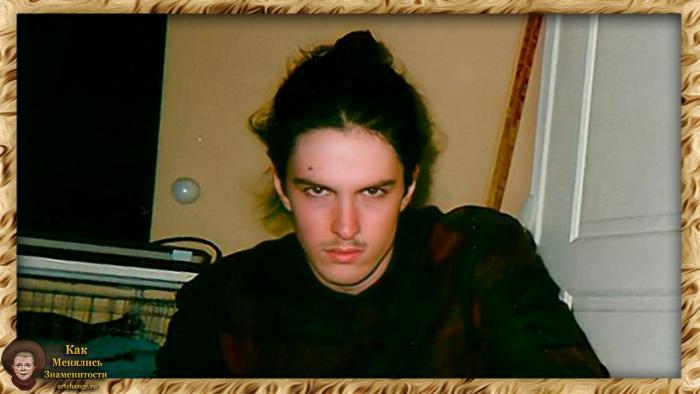 Bones / Элмо О'Коннор - биография, фотографии из детства и молодости, жизнь до известности