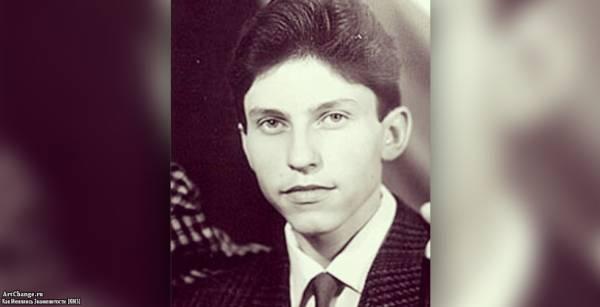Александр Ревва в детстве, юности, до известности