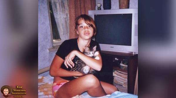 Мария Вэй / Maria Way в детстве, юности (2008)