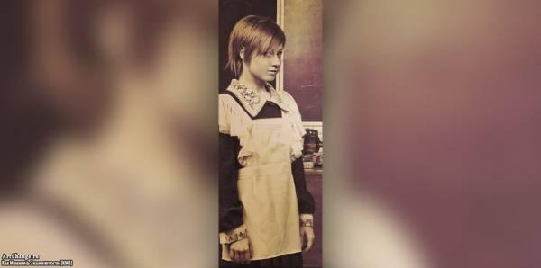 Юлия Савичева в школьные годы, юности